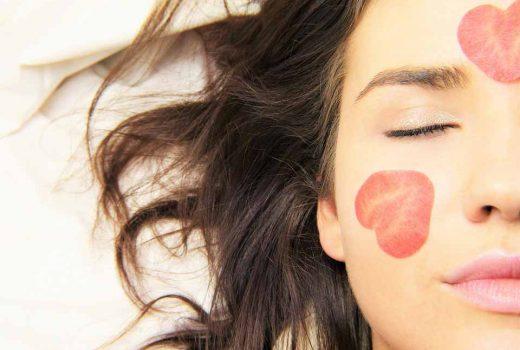 درمان طبیعی آفتاب سوختگی پوست صورت و بدن