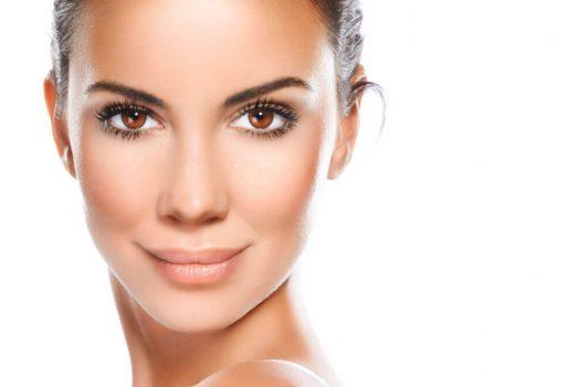 ۷ نمونه از بهترین دستورالعمل های خانگی برای پوست خشک